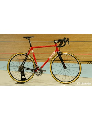 The Acuto' road frame is said to weigh 1,600g and should last a lifetime