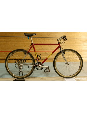 Before moving to the automotive industry as an engineer in 1993, Ewan Gellie used to make bikes under the brand Yowie