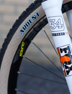 Tan wall tyres AND retro graphics!