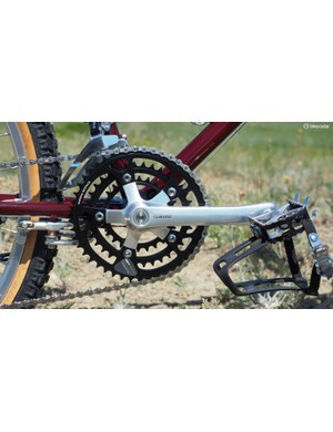 Critics of modern oval chainrings frequently like to cite Shimano's Biopace system. These were rotated 90 degrees from modern interpretations, however, with completely different intentions
