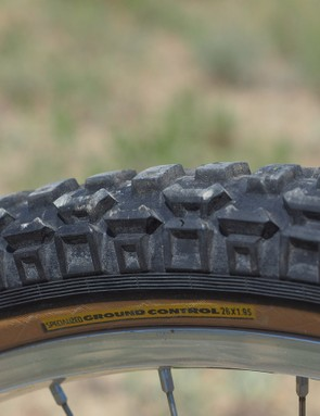 The original Specialized Ground Control tire was practically standard-issue back in its day