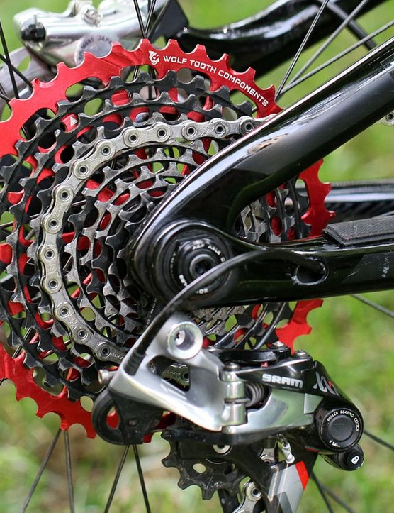 The 44t Wolf Tooth GCX sprocket replaces the 42t ring on SRAM XX1 and XO1 cassettes