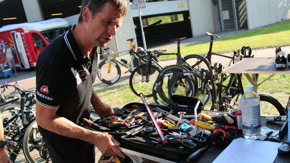 Mechanical storm before the Tour de France - BikeRadar