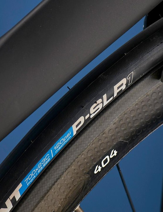 Zipp's superb 404 rims are among the best clinchers around, though we'd have expected 25mm rubber