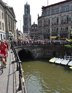 A bright start in Utrecht, but conditions deteriorated as the stage went on.