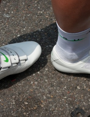 Mark Cavendish gets unique CVNDSH shoes made by Nike