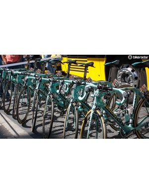 Like Bianchi celeste? Skip this photo if not