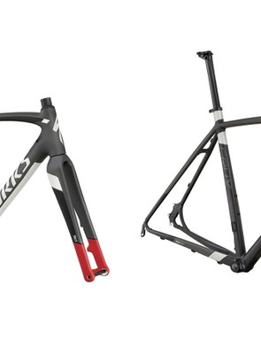 While the carbon versions of the Crux get thru-axles, the alloy bikes retain quick-release axles
