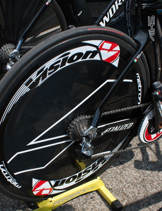 The Tinkoff-Saxo car was loaded up with Vision discs, but all but one of the bikes out front were on the distinctively-striped DT Swiss RRC 2.0 Disc Dicut T