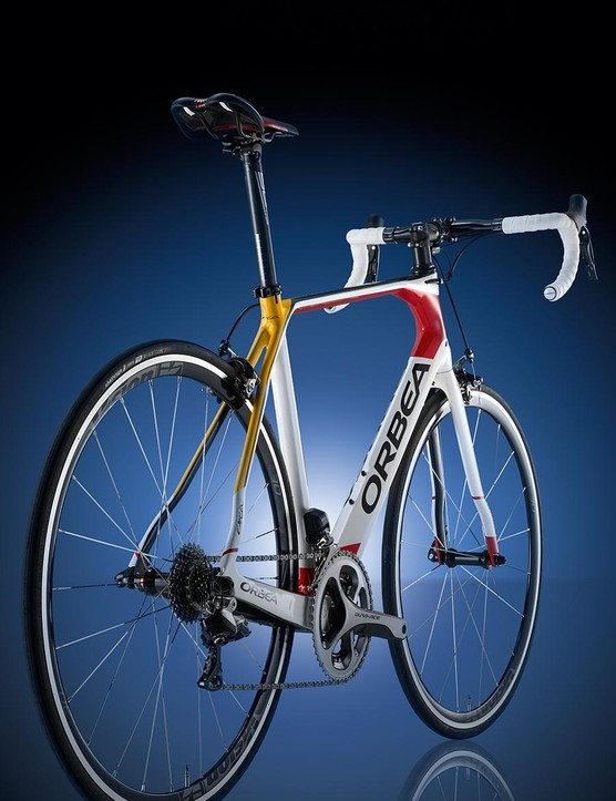 A rear-on view of the Orbea Orca M10i Replica Cofidis