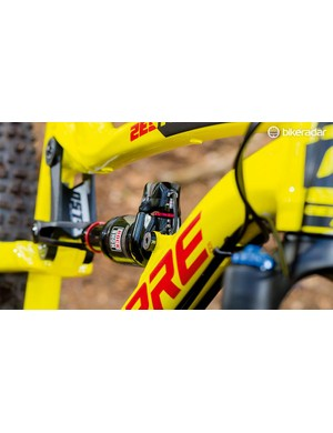 Lapierre's solid basic chassis is further improved by E:I technology