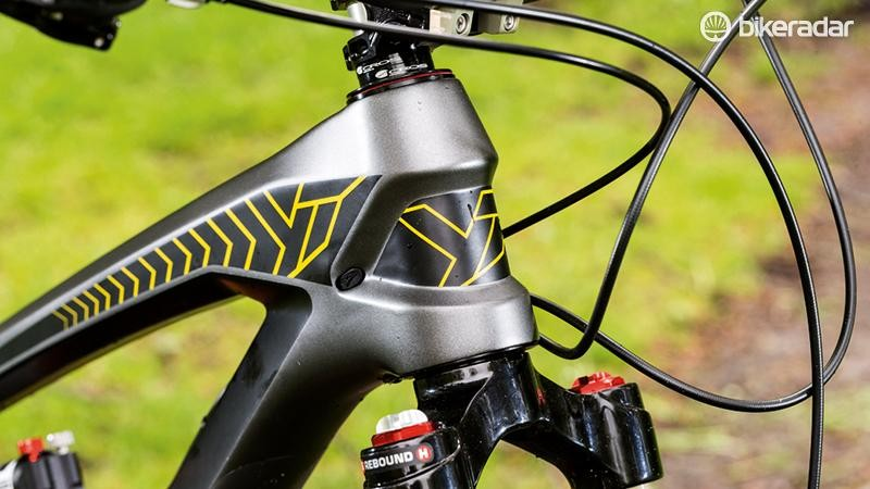 The neatly scuplted carbon frame is stiff and light