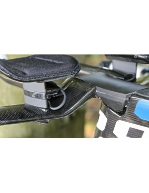 Di2 wires allow for routing that just wouldn't be possible with cables