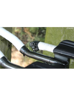 Di2 also means Delaplace can shift at both the cowhorns and on the extensions - another impossibility with cables
