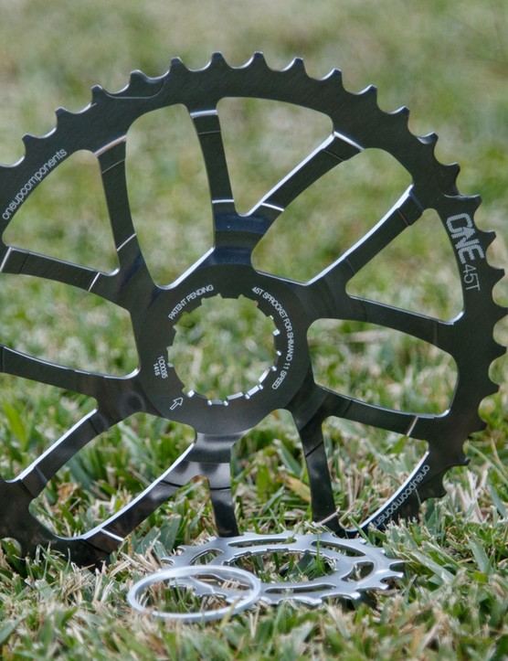 OneUp's 45t expander cassette cog was first released for XTR M9000 users, but is said to work with 11-40t XT M8000 cassettes too