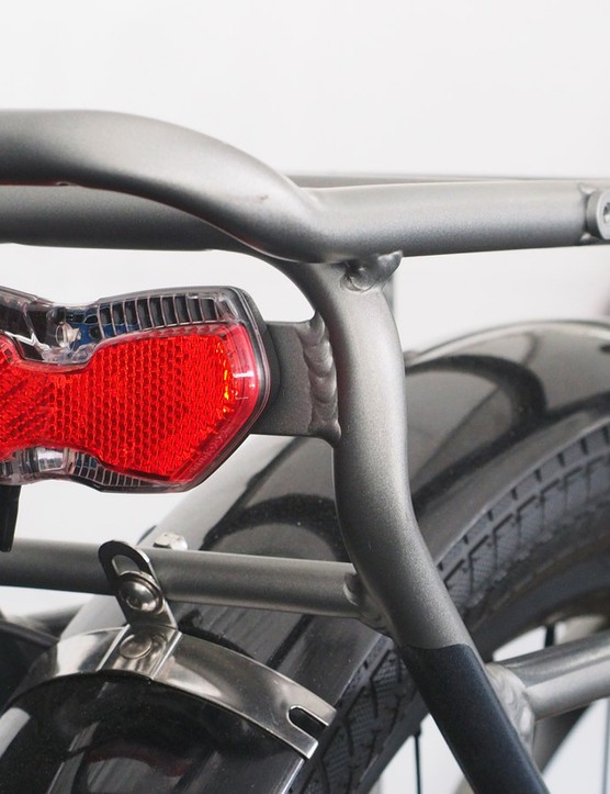 The Bosch rechargeable battery is also used to power the included front and rear lights