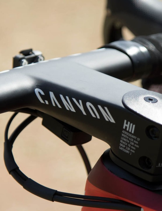 One-piece carbon handlebar and stem combinations look cool, but they're a bike fitter's nightmare
