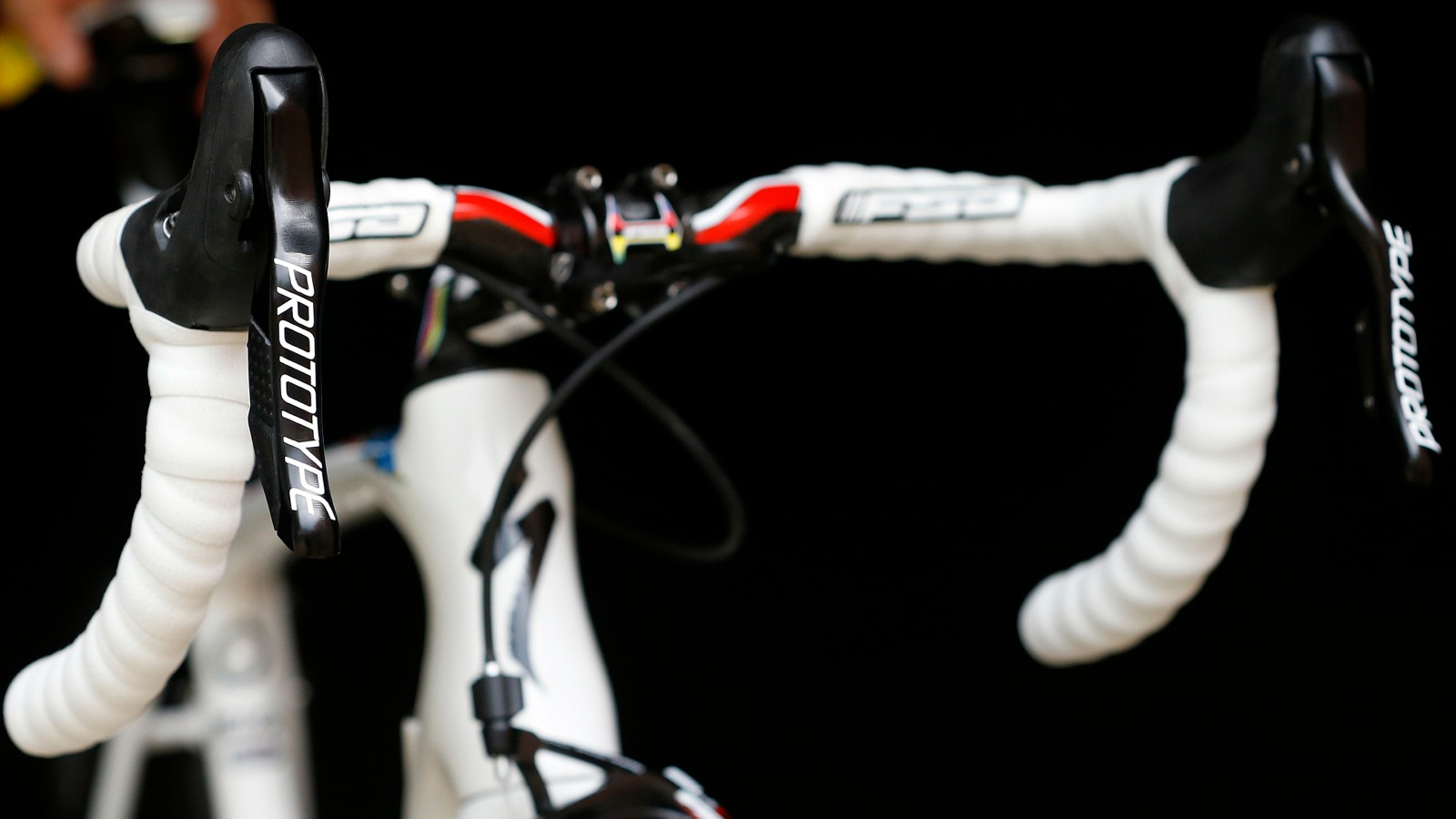 It is not yet clear which wireless protocol the FSA levers use to communicate with the derailleurs