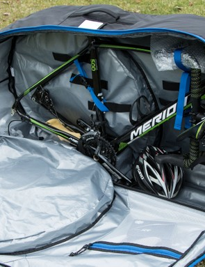 Internally, the RoundTrip Traveler is very similar to the immensely popular Evoc Bike Travel Bag