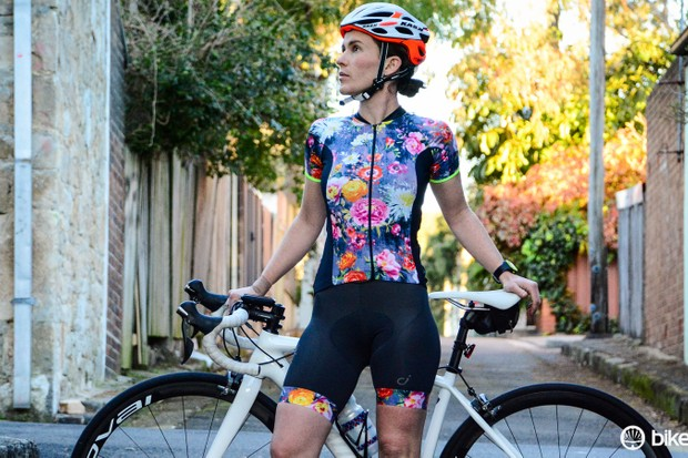 Rose's artwork brings a classic feminine flair to the Velocio Zinnia apparel, but maintains performance practicalities
