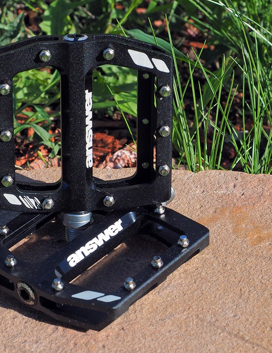 Answer's Rove R2 flat pedals sport a low-profile, concave aluminium body and 10 pins per side for tunable grip