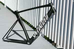 This is quite possibly the closest we've seen an aluminum frame come to truly mimicking the shape of its carbon counterparts
