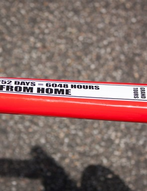 Hansen's top tube had this sticker on it come the start of the race – must be missing home