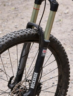 The 150mm RockShox Sektor fork has big hit eating potential but is obviously flexy when stressed through corners, rough terrain or serious braking