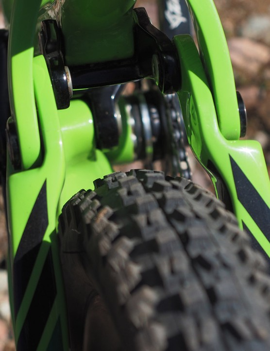 Ibis says the rear end will accept rubber up to 2.4in wide. This 2.3in-wide Maxxis Minion DHF is a touch snug but keep in mind that it's mounted on an ultra-wide Ibis 741 rim, which measures a whopping 35mm in between the bead hooks