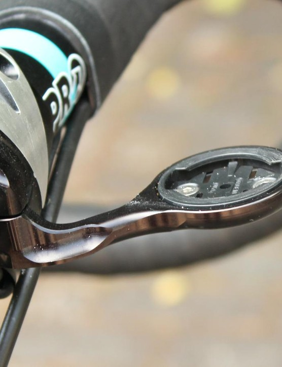 K-Edge provides the Garmin mounts and chain catchers