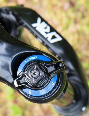 The Lyrik offers the rider the same compression adjustments as the Pike