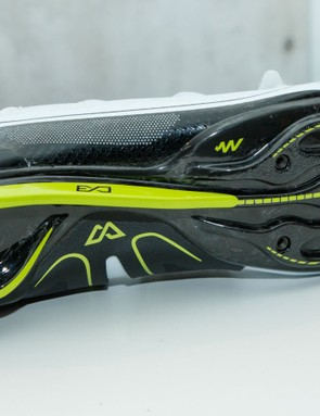 Giant's new ExoWrap and ExoBeam shoe technologies are just a small part of what's new for 2016 (Giant Surge road pictured)