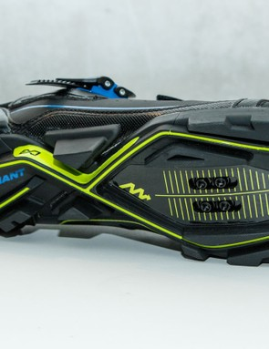 The resin sole of the AMP also features ExoBeam and ExoWrap as well a special flexible toe area called ExoFlex