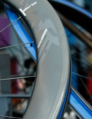 Giant's new rim-brake performance road wheels first launched on the 2016 TCR. Available in a 30 or 55mm rim profile, they are now designed, manufactured and assembled by Giant