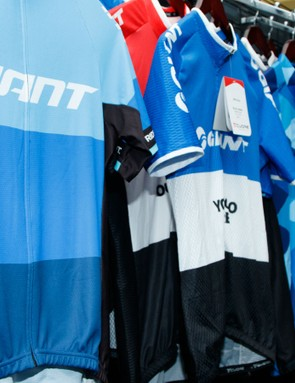 At least in Australia, Giant has a large range of new clothing for 2016