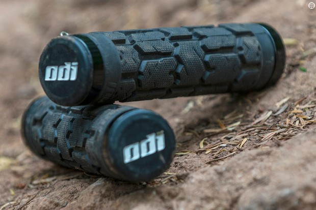 ODI Rogue Lock-On Bonus Kit grips
