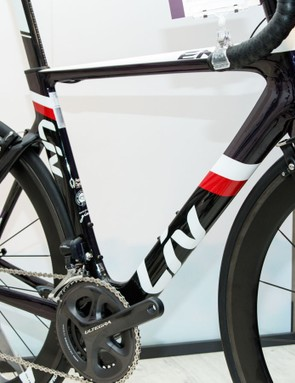 The Envie Advanced Pro 1 ($5,350 / AU$5,499 / £TBC) recieves new Giant-made carbon wheels for 2016