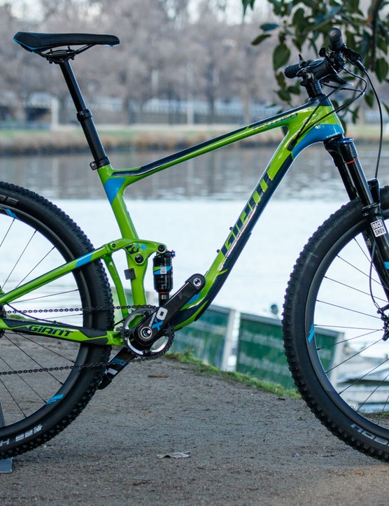 The 2016 Giant Anthem Advanced SX 27.5 is certainly bright ($5,600 / AU$5,799 / £TBC)