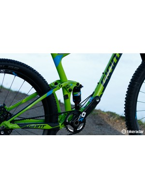 The Anthem SX models get RockShox Monarch shocks with DebonAir high volume air cans. These should create a smoother suspension action for rougher trail riding