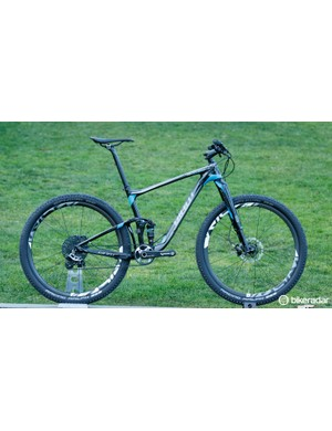 The 2016 Giant Anthem Advanced 27.5 0