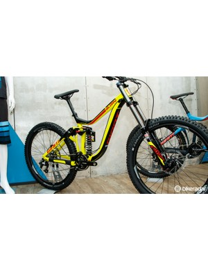And for those on a budget, there's the Glory 27.5 2 ($3,200 / AU$3,499 / £TBC)