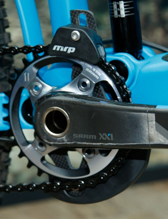 All Reign models feature MRP chainguides for maximum chain retention and drive protection