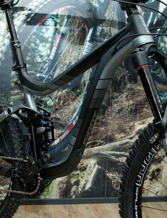 Using a full alloy frame, it's the Reign 27.5 1 ($5,350 / AU$5,999 / £TBC)
