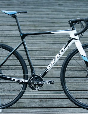 The 2016 TCX remains mostly unchanged from the 2015 model. This TCX Advanced Pro 1 moves to Ultegra Di2 for 2016