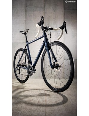 The full carbon Mason Aperture fork is light and smooth riding