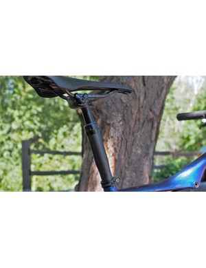 The Specialized Command Post is one of few dropper post options for 27.2mm-diameter frames. It's definitely XC-oriented, though, with just 35mm of travel