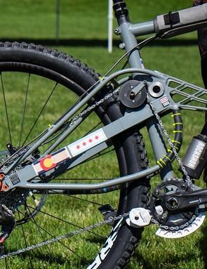 The idler creates anti-squat while pedaling