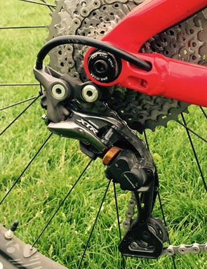 Moseley opted to stuck with a tried and true mechanical XTR drivetrain