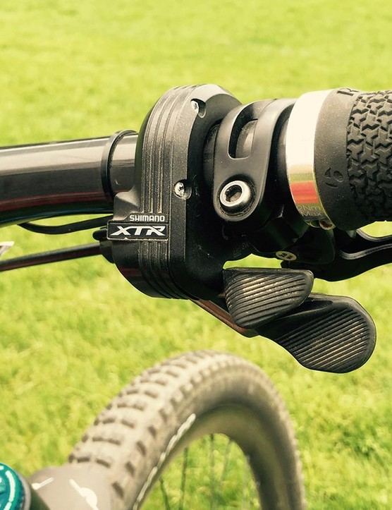 While Moseley runs a mechanical XTR group, Leov have been impressed with the smooth shifting of XTR Di2