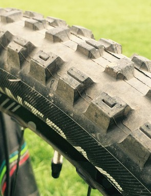 Leov runs the Bontrager SE5 front and rear. When we caught up with Moseley she was only running this grippy tread upfront